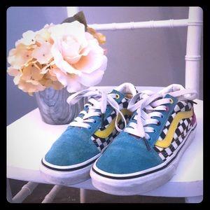 Vans Old Skool Checkboard skate shoe.